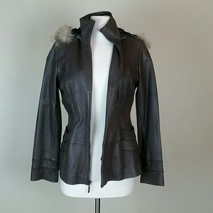 🍄Jones New York Leather and fur jacket small